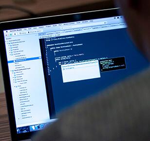 テックソリューション事業(システム、アプリケーションサービスの開発・運営)